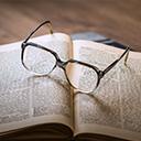 主席のメガネ